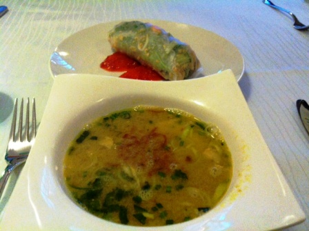 Jun soup and spring roll