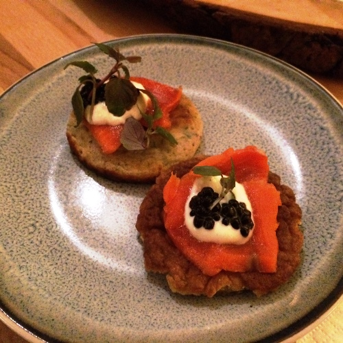 Bites & Wine - salmon blinis