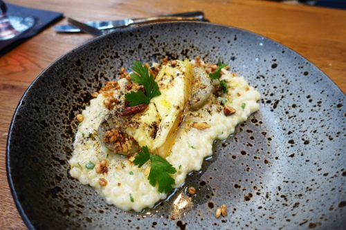 The vegetarian main: a silky autumnal risotto with BBQ leek, Jerusalem artichoke and messenklever cheese