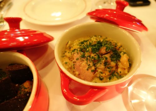 ron-gastrobar-paris-cassoulet