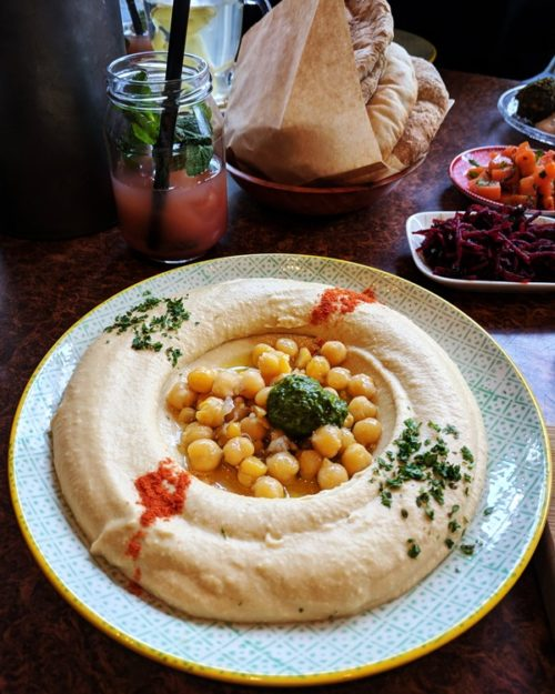 Where to eat hummus in Amsterdam: Hummus Bistro d&a Oost